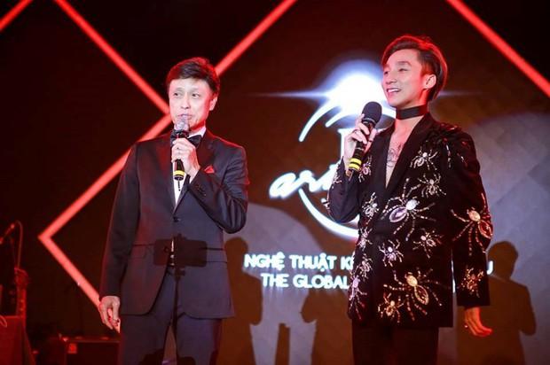 Loạt clip chứng minh Sơn Tùng M-TP không chỉ biết máu lửa với EDM mà còn hát dân ca, nhạc xưa rất tình - Ảnh 3.