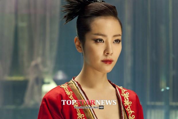 Xem loạt cảnh hở bạo của các ngọc nữ Hàn nổi tiếng kín đáo, bất ngờ nhất là Song Hye Kyo - Ảnh 10.