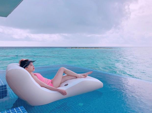 Giữa nghi vấn sắp lên xe hoa, Bảo Thy khoe body nóng bỏng trong loạt ảnh du lịch ở thiên đường Maldives - Ảnh 4.
