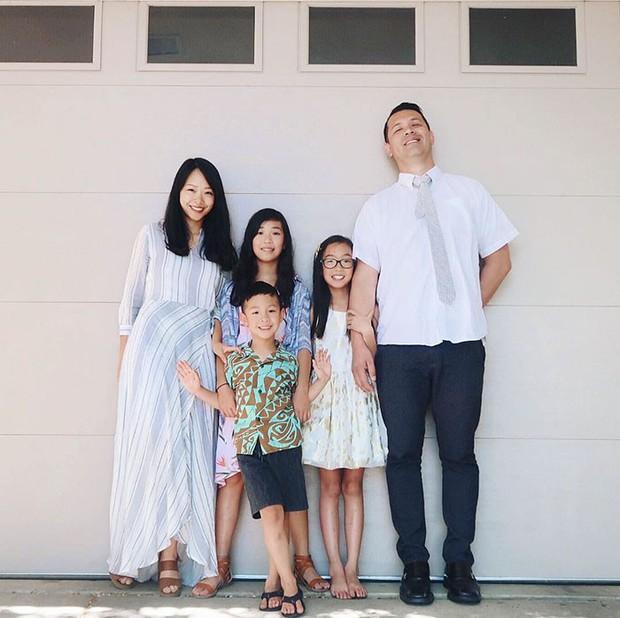 Bà mẹ 3 con có hàng trăm nghìn người hâm mộ nhờ biệt tài hô biến đồ cũ thành quần áo thời trang cho cả gia đình - Ảnh 3.