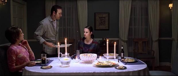 7 cảnh phim khuyến cáo đừng xem khi ăn, nếu bạn không muốn nôn ngay trước màn ảnh! - Ảnh 12.