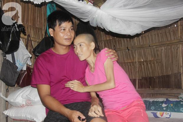 Người đàn ông trẻ chấp nhận điều tiếng, một tay chăm sóc vợ bệnh tật của người khác suốt 2 năm trời - Ảnh 14.
