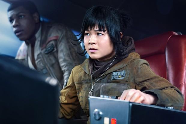 Lời đáp trả đanh thép được cả Hollywood ngưỡng mộ của sao Star Wars gốc Việt trước nạn kì thị chủng tộc - Ảnh 4.