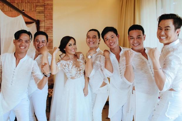 Cô dâu mới Lý Thanh Thảo đập đầu vào thành bể bơi, phải nhập viện kiểm tra ngay đêm tân hôn - Ảnh 4.