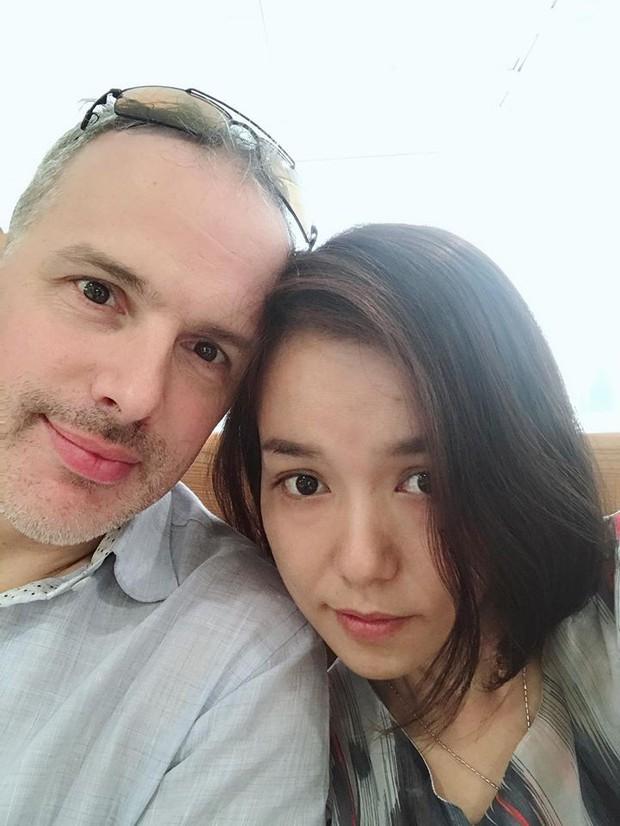 Cô dâu mới Lý Thanh Thảo đập đầu vào thành bể bơi, phải nhập viện kiểm tra ngay đêm tân hôn - Ảnh 1.