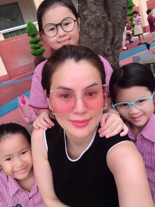 Phạm Quỳnh Anh và loạt sao Việt nô nức đưa con cưng đến trường ngày đầu năm học mới - Ảnh 7.