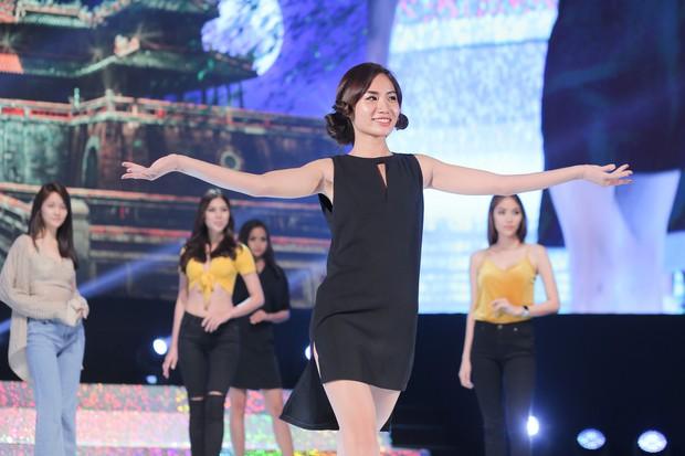 """Top 15 của """"Miss Supranational Vietnam 2018"""" gấp rút luyện tập trên sân khấu Hàn Quốc trước chung kết tối nay - Ảnh 5."""