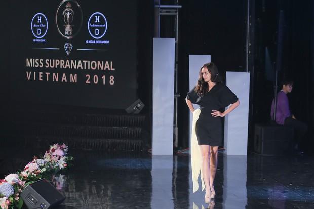 """Top 15 của """"Miss Supranational Vietnam 2018"""" gấp rút luyện tập trên sân khấu Hàn Quốc trước chung kết tối nay - Ảnh 11."""