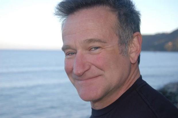 Tán gẫu với Robin Williams, được Bruce Willis khen giống Người Nhện: Những câu chuyện của dân mạng cho thấy siêu sao cũng gần gũi và thân thiện lắm - Ảnh 1.