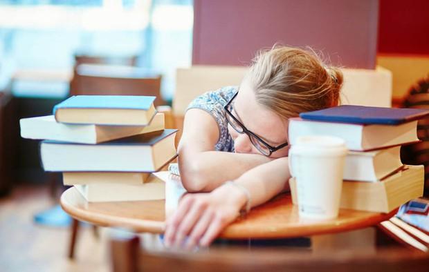 Bí quyết quan trọng nhất để đánh bại môn toán: đi ngủ - Ảnh 3.