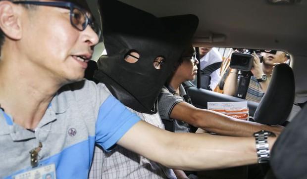 Quả bóng yoga trong xe hơi tiết lộ âm mưu giết vợ con tàn độc của ông phó giáo sư đại học - Ảnh 2.