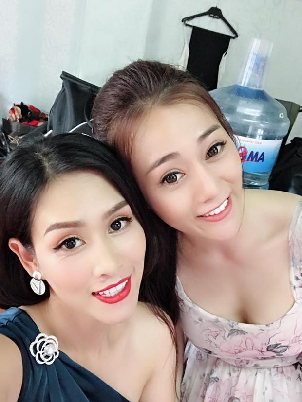 Chị Nguyệt bầu trời check-in cùng dàn diễn viên Quỳnh Búp Bê, fan nghi vấn vào vai đối thủ của Lan má mì - Ảnh 4.