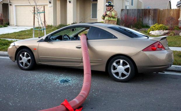 Những cái kết đắng ngắt của chủ xe vì lỡ đậu xế hộp cạnh các điểm cấp nước chữa cháy - Ảnh 3.