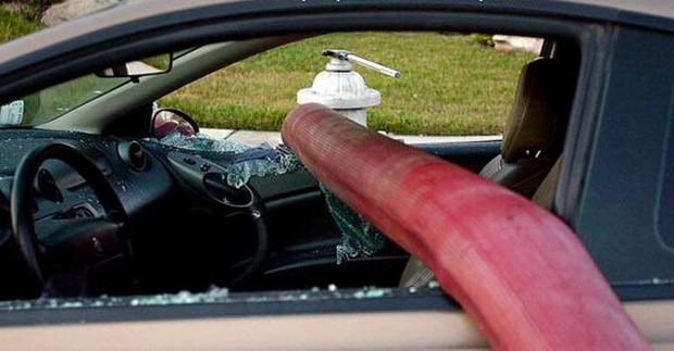 Những cái kết đắng ngắt của chủ xe vì lỡ đậu xế hộp cạnh các điểm cấp nước chữa cháy - Ảnh 4.