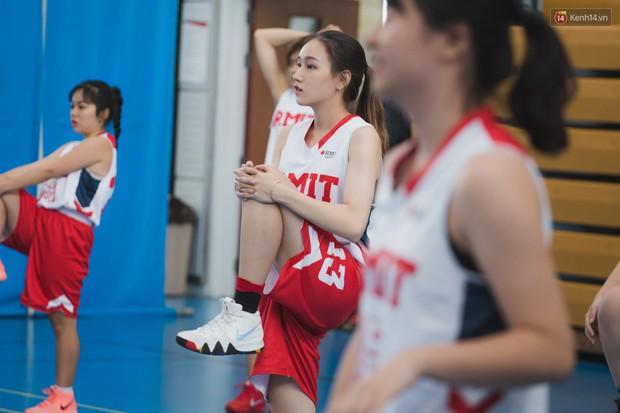 CLB bóng rổ - hội nhóm hot nhất trường RMIT quy tụ cả dàn trai xinh, gái đẹp cool ngầu hết nấc! - Ảnh 10.