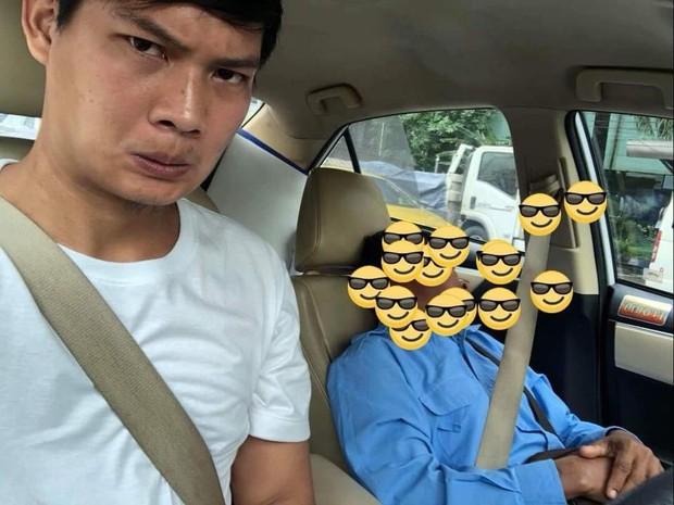 Góc hồn nhiên: Tài xế taxi nhờ hành khách lái xe hộ rồi lăn ra ngủ, đến nơi vẫn được trả tiền không thiếu một xu - Ảnh 3.