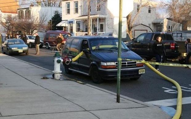 Những cái kết đắng ngắt của chủ xe vì lỡ đậu xế hộp cạnh các điểm cấp nước chữa cháy - Ảnh 5.