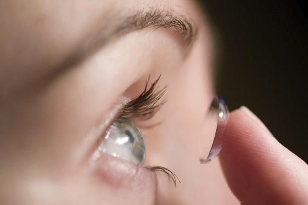 Cứ 3 người thì 1 người bị nhiễm trùng mắt do làm điều này, chuyên gia cảnh báo nên làm 2 việc mỗi tối và sáng để phòng bệnh - Ảnh 4.
