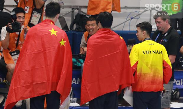 Giữa biển người ở Indonesia, kình ngư Việt giành HC bạc ASIAD tìm bằng được lá cờ đỏ sao vàng để báo công - Ảnh 5.