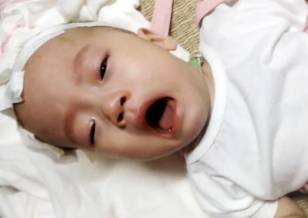 Cha nghèo tha hương cứu con gái 14 tháng tuổi nằm viện từ lúc lọt lòng vì căn bệnh quái ác - Ảnh 7.