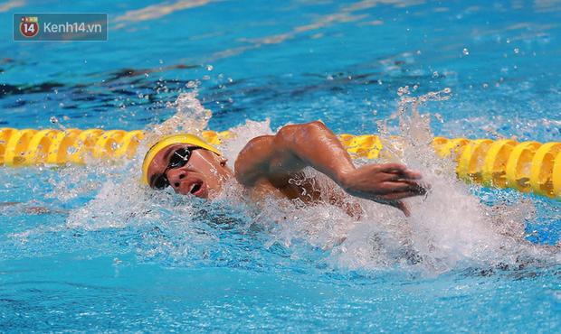 Thua đối thủ Trung Quốc, Huy Hoàng giành HC bạc cho bơi Việt Nam ở ASIAD 2018 - Ảnh 1.