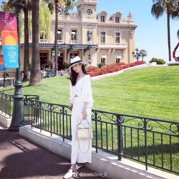 Cuộc sống du học sang chảnh như bà hoàng của cô bạn Trung Quốc: Đi du lịch 70 quốc gia, hàng hiệu xài tẹt ga không cần nhìn giá - Ảnh 9.