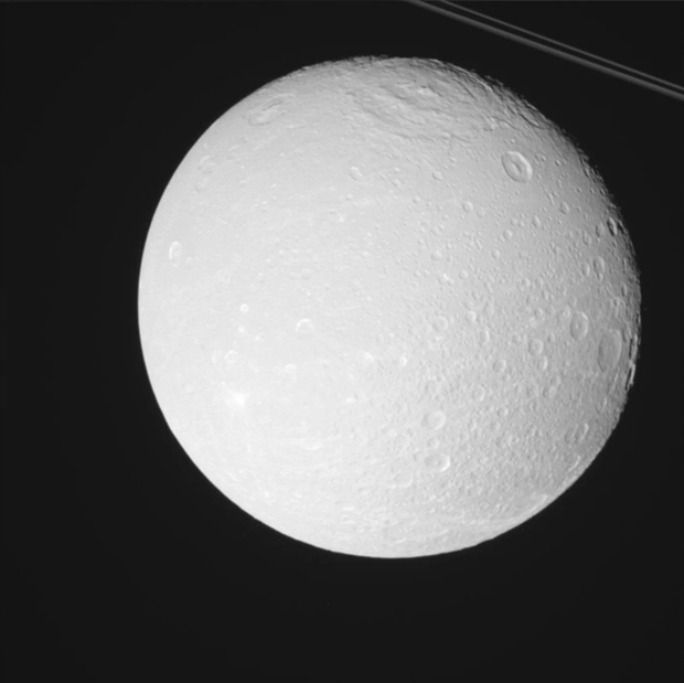 Thêm một mặt trăng Sao Thổ sở hữu đại dương và cả... oxy - Ảnh 2.