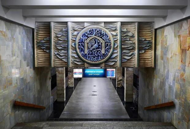 Ảnh: Khám phá ga tàu điện ngầm chống bom hạt nhân bí mật ở Uzbekistan - Ảnh 11.