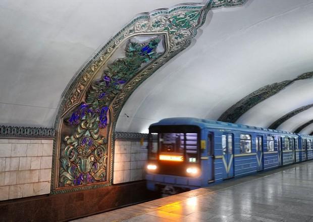 Ảnh: Khám phá ga tàu điện ngầm chống bom hạt nhân bí mật ở Uzbekistan - Ảnh 14.