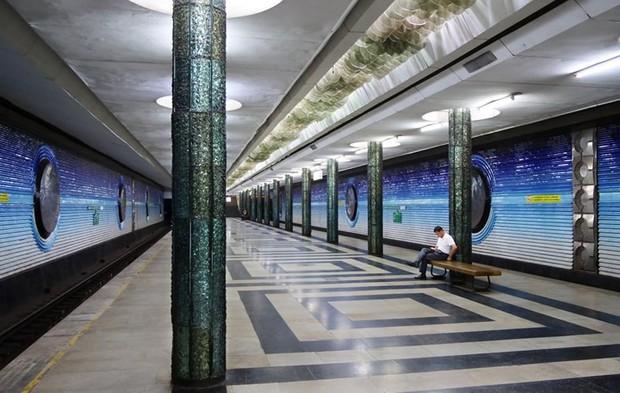 Ảnh: Khám phá ga tàu điện ngầm chống bom hạt nhân bí mật ở Uzbekistan - Ảnh 3.