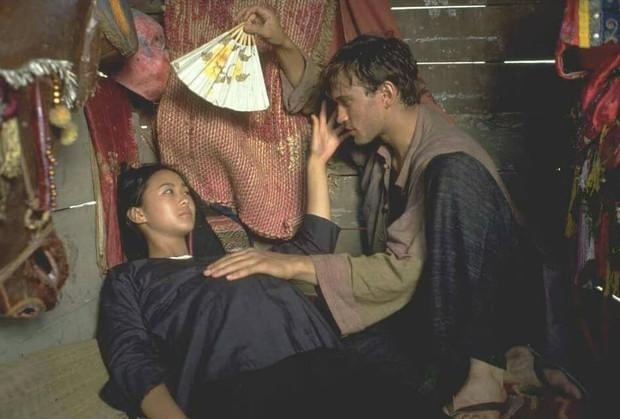 4 câu chuyện tình trai Tây - gái Việt từng gây thổn thức trên màn ảnh rộng - Ảnh 8.