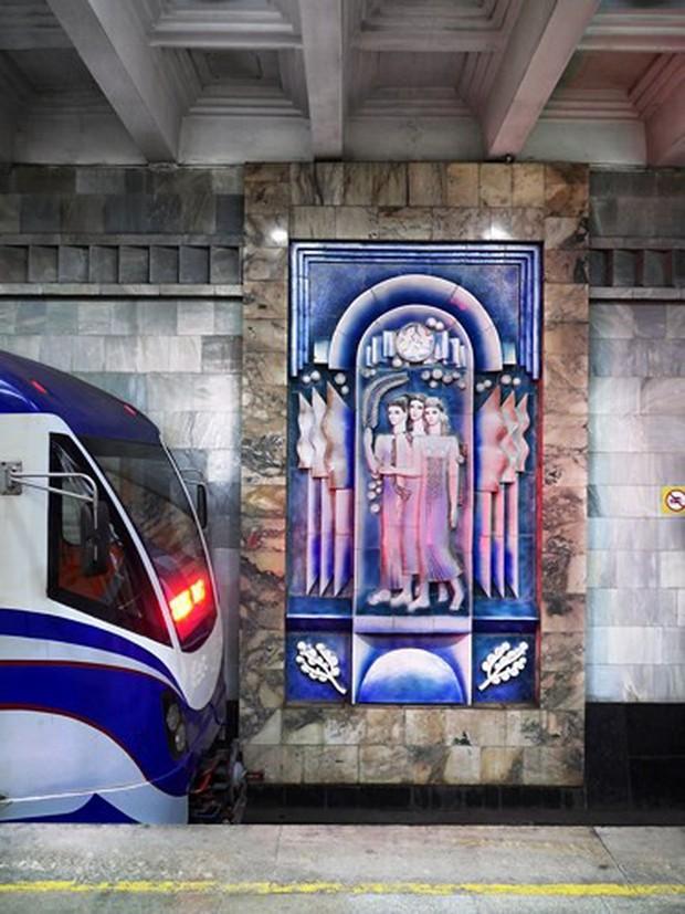 Ảnh: Khám phá ga tàu điện ngầm chống bom hạt nhân bí mật ở Uzbekistan - Ảnh 8.