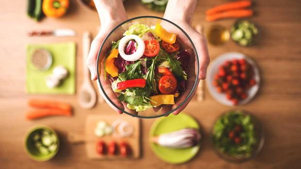 Hiểu đúng về calorie và sự thật thực phẩm càng ăn càng gầy để kiểm soát dễ dàng cân nặng của mình - Ảnh 3.