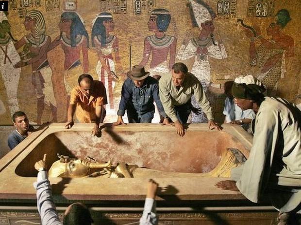 Bí ẩn xác ướp tồn tại cả nghìn năm bỗng nhiên... hóa lỏng - Ảnh 2.