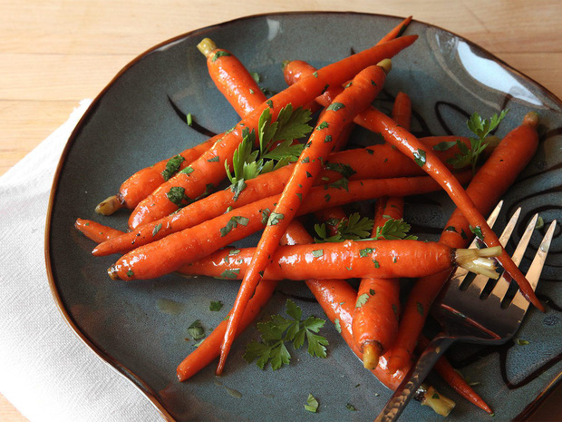Mấy ngày Hà Nội nắng nóng thất thường, bạn nên bổ sung 6 loại thực phẩm này để ngăn ngừa tình trạng đau nửa đầu - Ảnh 5.
