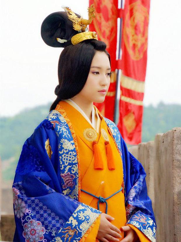 Diên Hi Công Lược: Nhĩ Tình - Viên Xuân Vọng là vợ chồng từ 4 năm trước - Ảnh 10.
