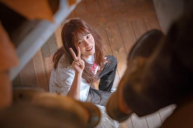 Phim kinh dị của mợ ngố Song Ji Hyo có gì mà ai xem cũng không dứt ra được? - Ảnh 6.