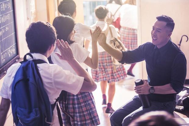 Lóa mắt với dàn sao toàn nhan sắc cực phẩm ở trường học của Đại Sư Huynh Chân Tử Đan - Ảnh 2.