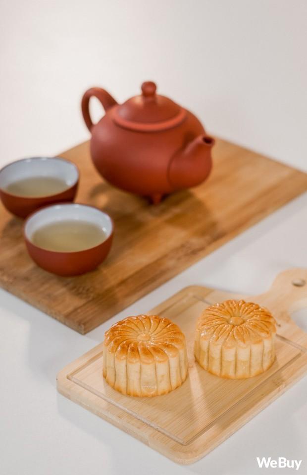 Ăn thử bánh trung thu lava made in Vietnam 100% được quảng cáo là cực phẩm ngon hơn bánh Hong Kong - Ảnh 9.