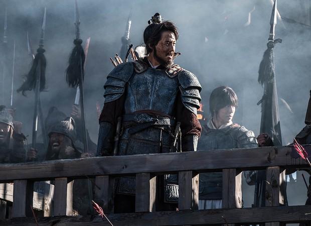 5 phim Hàn hot nhất phòng vé tháng 9: Chị đẹp Son Ye Jin đối đầu Jo In Sung, Hyun Bin - Ảnh 8.