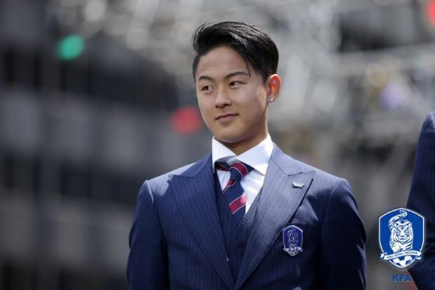 Cầu thủ lập cú đúp cho Olympic Hàn Quốc: Điển trai như Idol và được gọi là truyền nhân của Messi - Ảnh 7.
