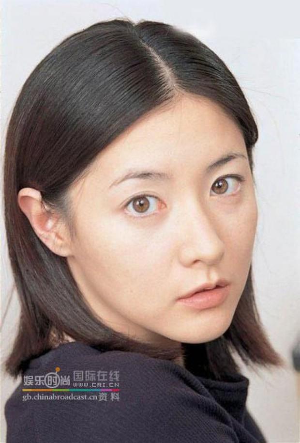 7 nữ diễn viên Hàn tài sắc nhất thập niên 90 sau 20 năm: Người mất tất cả vì tù tội, kẻ khốn khổ vì cưới tài phiệt - Ảnh 16.
