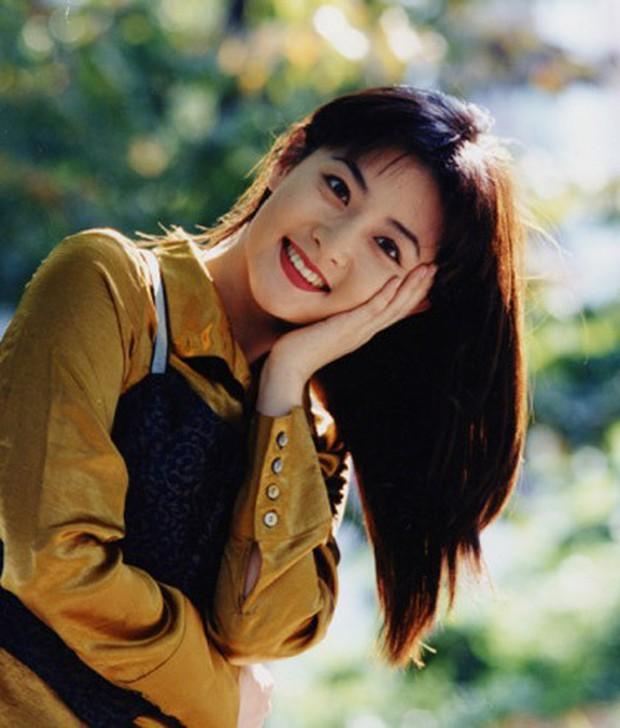 7 nữ diễn viên Hàn tài sắc nhất thập niên 90 sau 20 năm: Người mất tất cả vì tù tội, kẻ khốn khổ vì cưới tài phiệt - Ảnh 17.