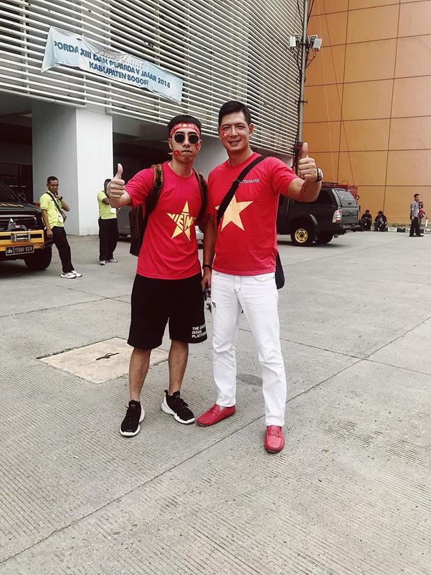 Hoàng Bách, Only C cùng nghệ sĩ Vbiz lên đường đến Indonesia tiếp lửa cho tuyển Việt Nam trong trận gặp Hàn Quốc - Ảnh 6.