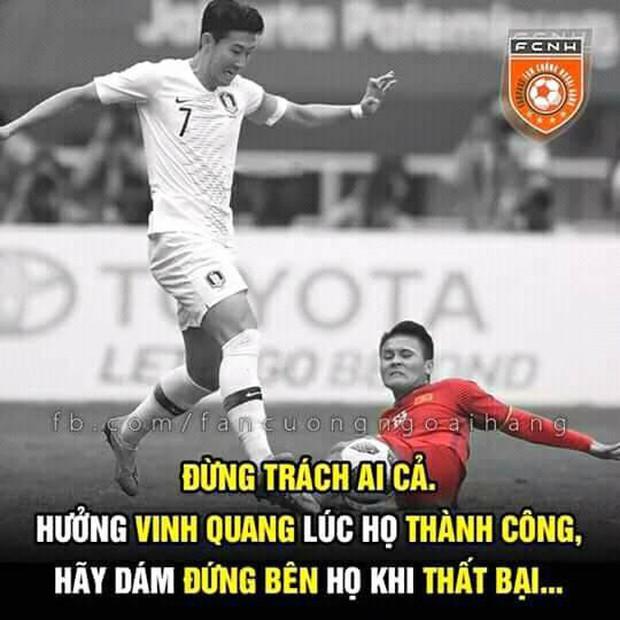Người hâm mộ Việt Nam an ủi thầy trò HLV Park Hang Seo trận thua Hàn Quốc - Ảnh 10.