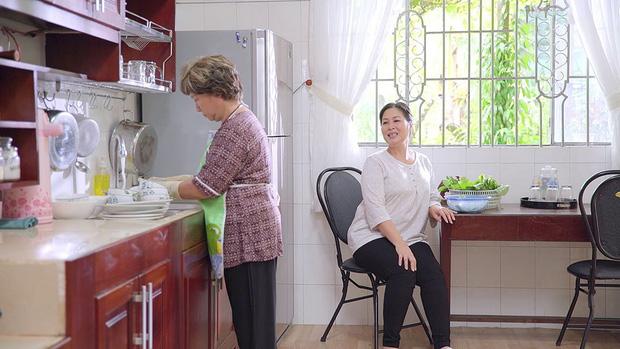 Bà Mai nghẹn ngào xin con rể nghèo nhận mình như mẹ ruột trong Gạo Nếp Gạo Tẻ - Ảnh 4.