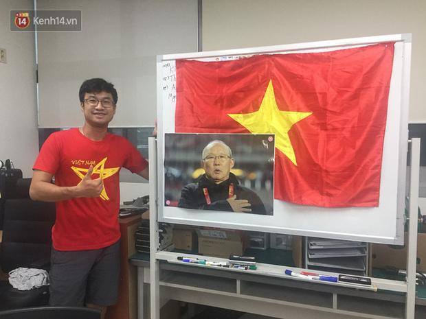 Trực tiếp từ Hàn Quốc: Hàng nghìn du học sinh và người hâm mộ hô vang Việt Nam vô địch trên đất Hàn, mong chờ phép màu xảy ra - Ảnh 13.