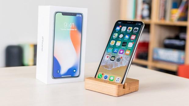 Mặc kệ iPhone 2018 mới toanh sắp ra mắt, 3 lý do này bảo chọn iPhone X (2017) mới là thông minh - Ảnh 3.