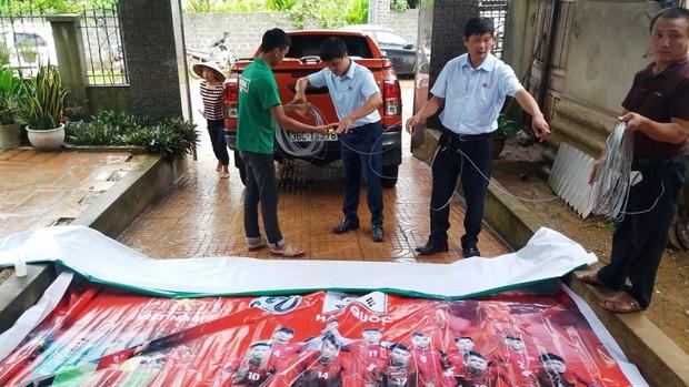 Gia đình Bùi Tiến Dũng mổ trâu cổ vũ Việt Nam đá bán kết với Hàn Quốc - Ảnh 4.