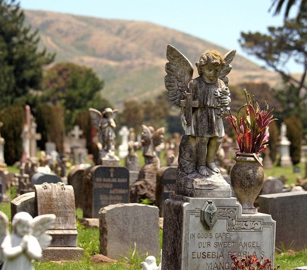 Thành phố của những linh hồn ở Mỹ: Khi mộ phần của người chết lấn át, nhiều gấp 10 lần dân số, chỉ việc còn sống cũng làm con người thở phào nhẹ nhõm - Ảnh 1.
